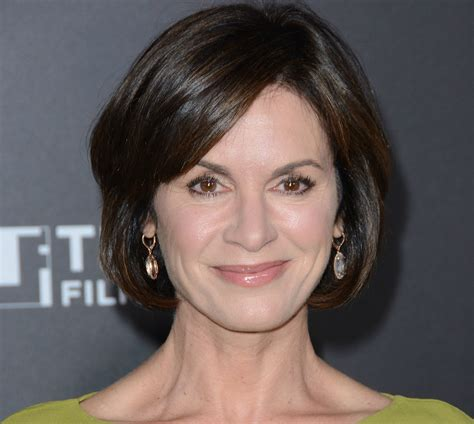 elizabeth vargas new haircut 2015 anna kendrick 13 other celebs releasing books in 2016
