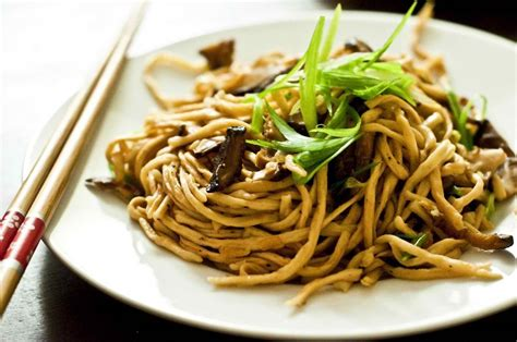 new year eat noodles 7 lucky dishes you should prepare for new year gawin