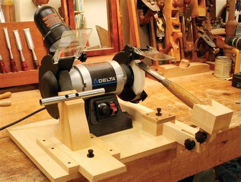 woodworking sharpening tools 44 best lathe tool sharpening jig images on