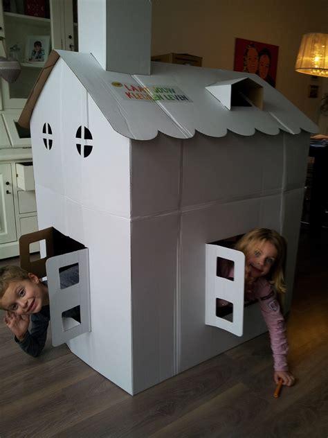 huis van karton groot huis van karton uren speelplezier hobby blogo nl