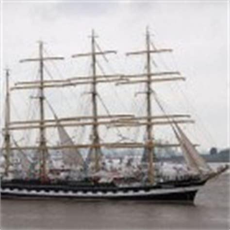 russisch zeiljacht windjammer kruzenshtern opleidingsschip uit rusland