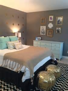 gray and gold bedroom 20 grey bedrooms messagenote