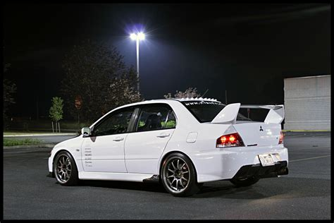 mitsubishi evolution 9 wallpaper 1000 images about lancer evolution viii ix on pinterest