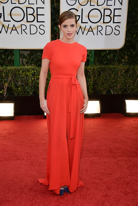 emma watson golden globes emma watson in dior at the 2014 golden globes everything