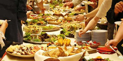 Host A Buffet Party   Groomed Home