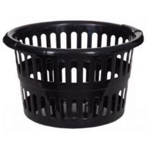 white plastic laundry basket