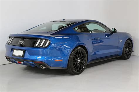 Mustang Gt 5 0 Auto Vs Manual by Ford Mustang