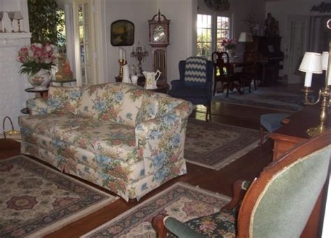 dutch colonial inn bed and breakfast holland michigan