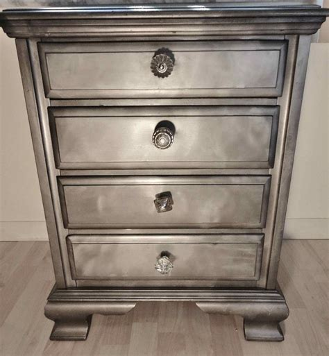Spray Painted Dresser by 17 Best Ideas About Spray Paint Furniture On
