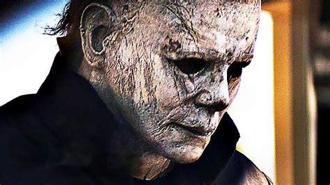 mike myers war movie halloween star explains how the film will handle an aged