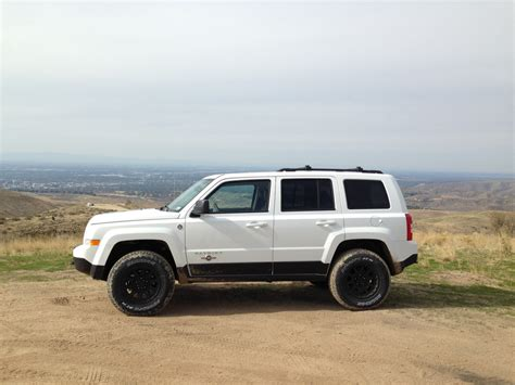 jeep patriot lifted the gallery for gt white jeep patriot lifted