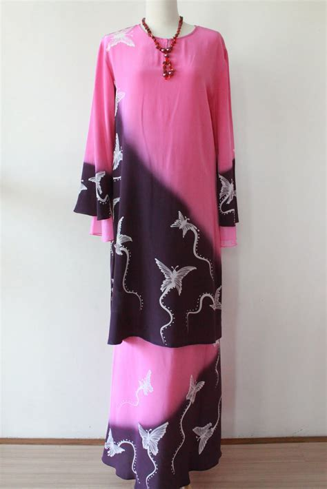 Gamis Wanita Aceh model dan contoh baju gamis wanita khas melayu gaya masa kini terbaru