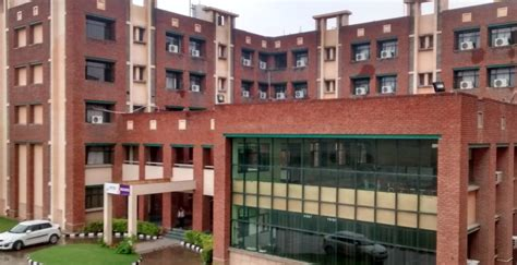 Jaipuria Institute Of Management Noida Mba Fees by Jaipuria Institute Of Management Jim Noida Images