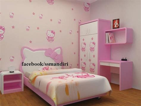 wallpaper dinding kamar  kitty  inspiratif