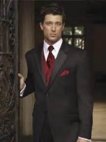 Black suit red vest for groomsmen wedding red burgundy pinterest jpg
