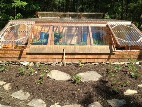 Earth Berm Home Designs by Can You Walipini Stretch Your Fall Harvest To The Holidays