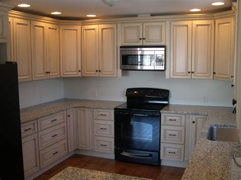 ivory colored kitchen cabinets kitchen cabinets 171 blue rock cabinets kitchen cabinets