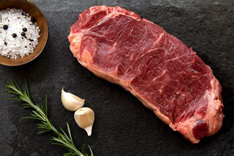 meat manufacturers mail 16 mail order steak companies that do meat right