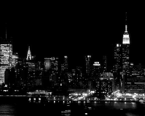 black and white new york city skyline at pictures to