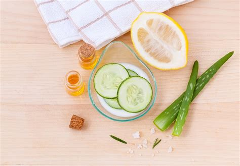 alimenti pelle cibi e prodotti da non applicare sul viso pancia leggera