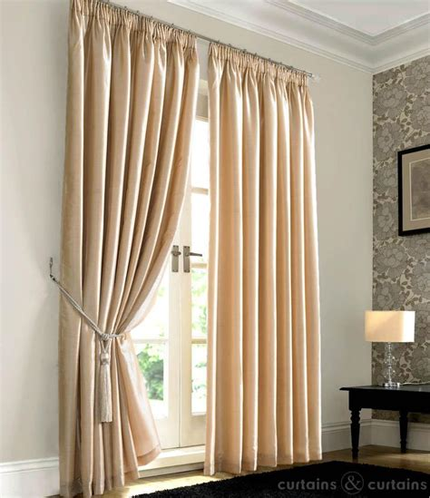 Bedroom Curtains And Drapes Best 25 Bedroom Curtains Ideas On Family Room Curtains Apartment