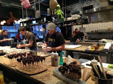 Travail Kitchen And Amusements by Travail Kitchen And Amusements Robbinsdale Zdj苹cie