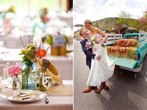 country chic wedding centerpieces colorful wedding reception centerpieces and a vintage