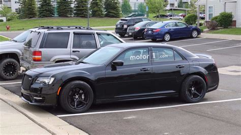 chrysler 300 hellcat hellcat all the things chrysler 300 spied with telltale clues