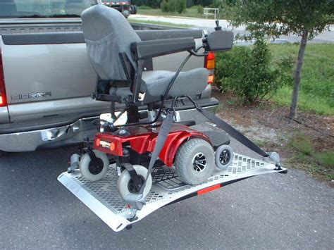 motorized wheelchair lift wheelchair assistance truck with wheel chair lifts for sale