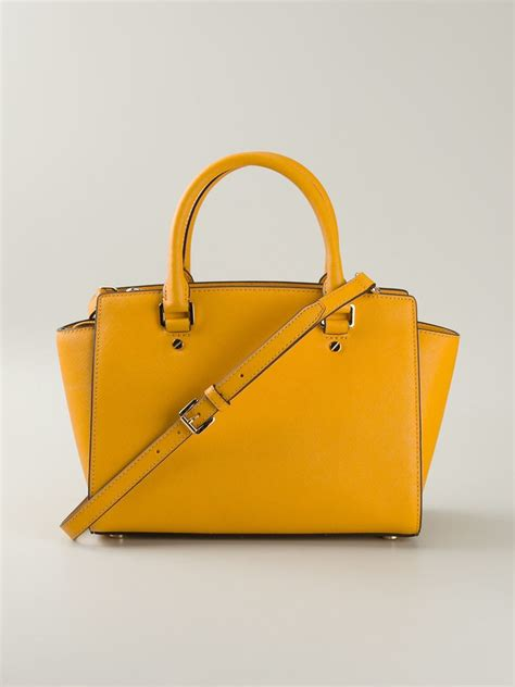 New Motif Michael Kors Specchio Shopping Tote 4in1 lyst michael michael kors selma tote bag in yellow