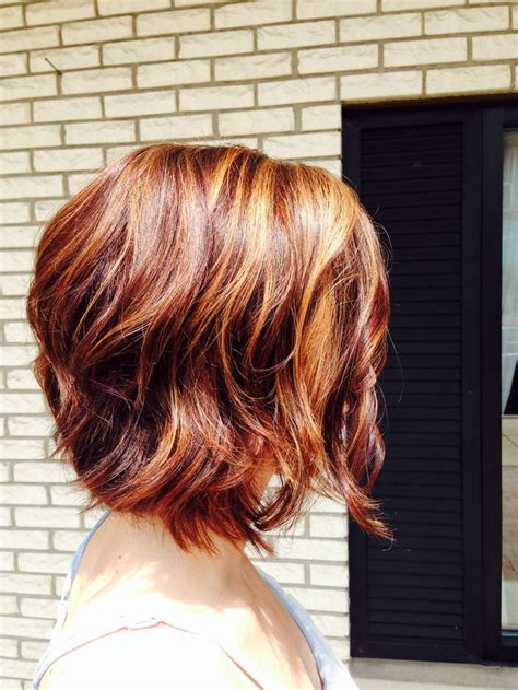 everyday hairstyles for layered hair 20 feminine short haircuts for wavy hair easy everyday