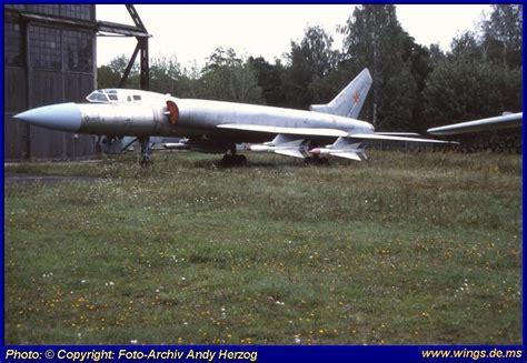 tupolev tu 16 versatile cold war bomber books moskau