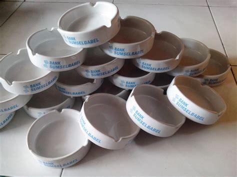 Kain Spunbond Jombang jasa cetak asbak murah pusat cetak sablon merchandise