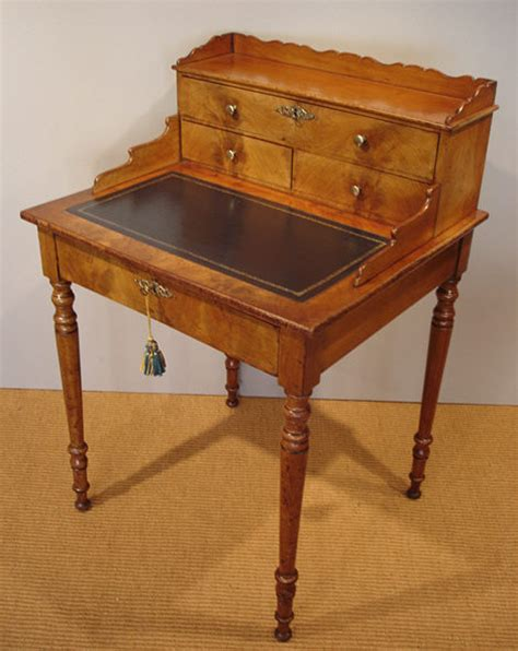 small ladies writing desk bonheur du jour antique mahogany ladies writing desk