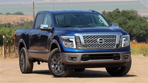 2017 nissan titan 2017 nissan titan blue 200 interior and exterior images