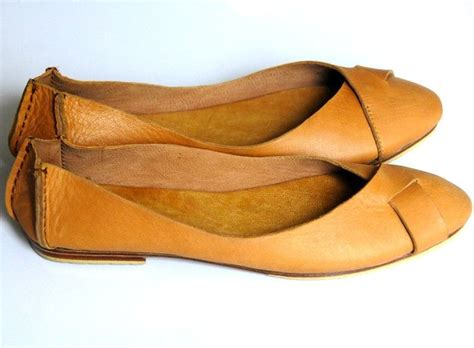 leather flat shoes 25 best ideas about leather flats on brown