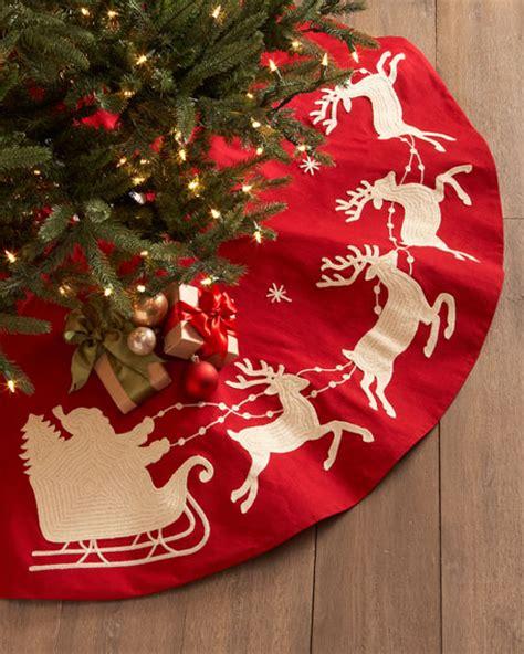 santa sleigh christmas tree skirt