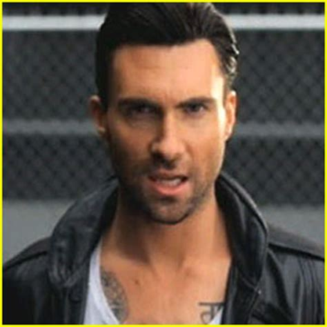 maroon 5 yes yes please on pinterest adam levine brandon boyd and