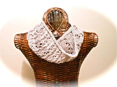 easy lace cowl knitting pattern easy lace cowl by heirloomlace craftsy