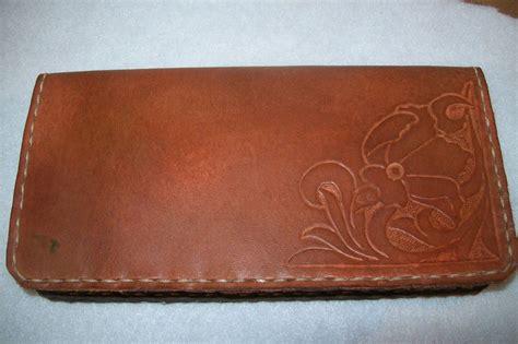 Handmade Leather Checkbook Covers - buy custom leather checkbook covers made to order from