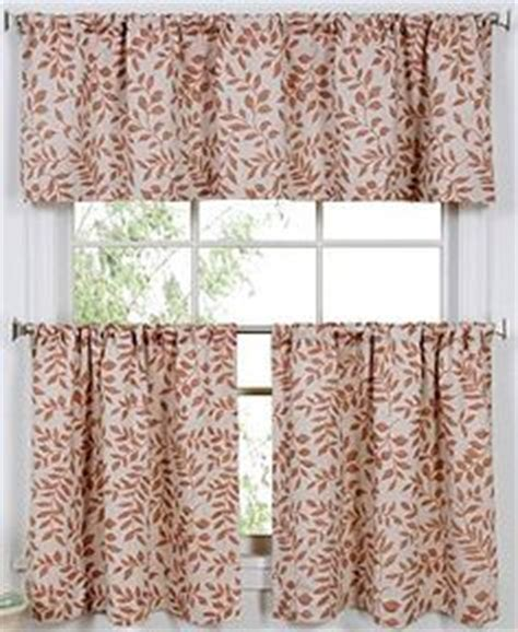 Macys Kitchen Curtains 1000 Images About Kitchen Decor Ideas On Kitchen Curtains Cafe Curtains And Window