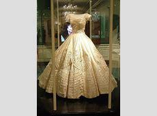 Vintage Bridal Icon: Jacqueline Lee Bouvier Kennedy ... Jackie Kennedy Fashion Designer