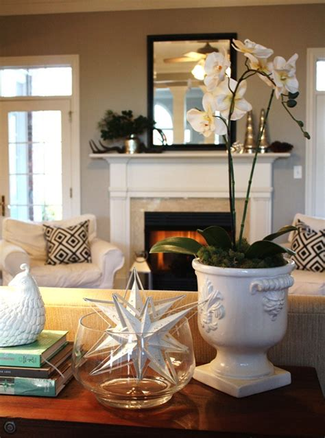 Decorating Ideas In Front Of Fireplace Decorating My Mantel A Mirror Makeover Emily A Clark