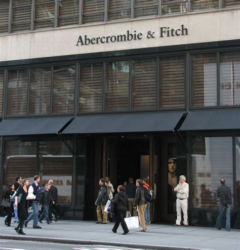 where to go shopping in nyc from boutiques to department go shop at abercrombie fitch new york city travel tips