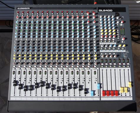 Mixer Allen Heath Gl2400 16 allen heath gl2400 16 image 306988 audiofanzine
