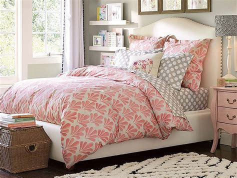 comforters for young women 25 best ideas about teen girl comforters on pinterest