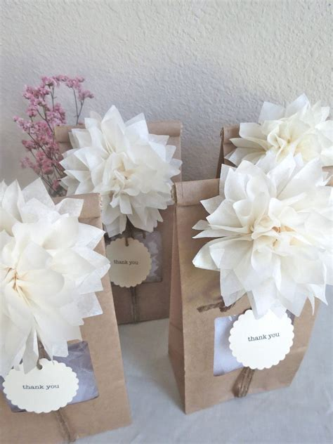 Pom Pom Party Favor   Wedding Favors   Vintage   Woodland