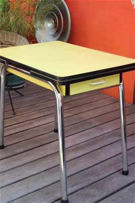 table cuisine formica 馥 50 table cuisine formica annee 50 mobilier et objets