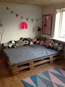 Make Platform Bed Wood Pallets by 70 Bilder Schlafzimmer Ideen In Boho Chic Stil