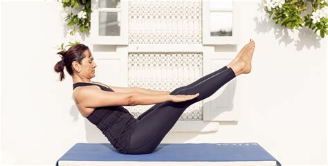 boat pose energy a daily dose of healthy and long life 20 minutes of yoga